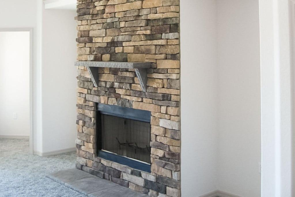 Drifton - Fireplace Living Room - Curington Homes - Ocala Florida Contractor