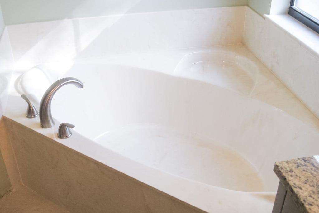 Jamestown - Master Bathroom Garden Tub - Curington Homes - Ocala Florida Contractor