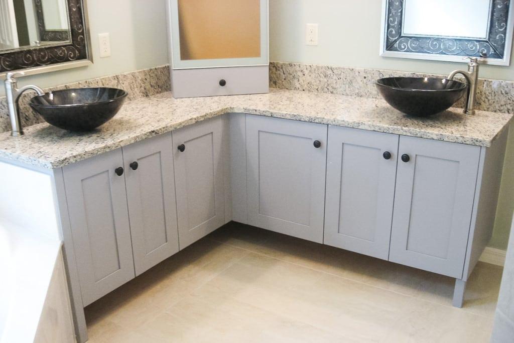 Jamestown - Master Bathroom Vanity - Curington Homes - Ocala Florida Contractor