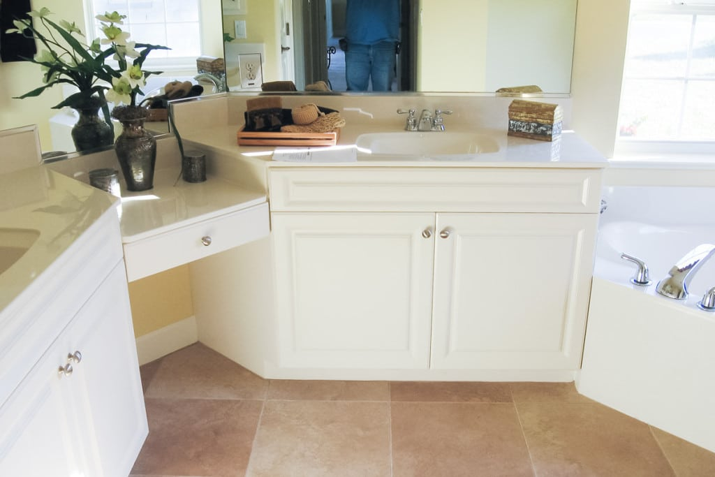 Wellington - Master Bathroom Vanity - Curington Homes - Ocala Florida Contractor