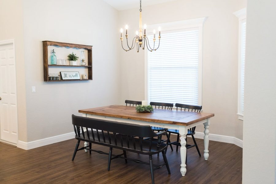Curington Homes - Ocala Florida Home Builder - Sebastian Model Summerset Estates - Dining Room Table