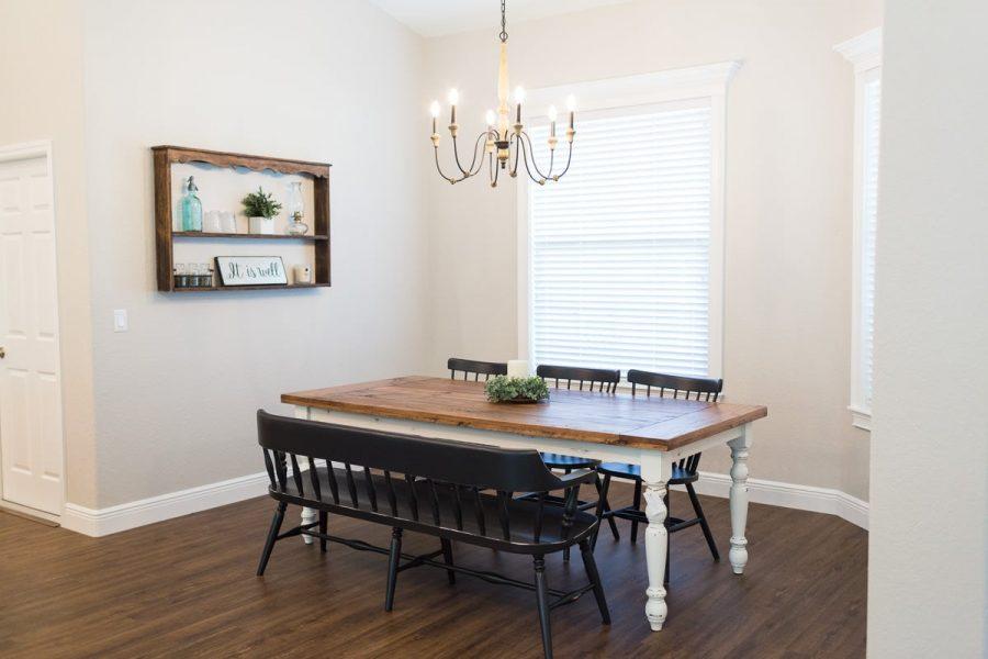 Curington Homes - Ocala Florida Home Builder - Sebastian Model Summerset Estates - Dining Room Table